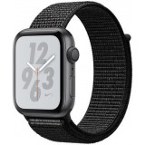 Apple Watch Nike+ Series 4 (GPS) kosmose hall 40 mm, must Nike Sport Loop rihm